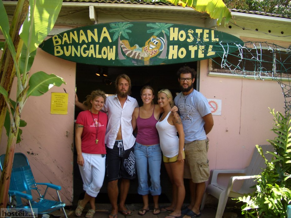Banana Bungalow - Maui Hostel